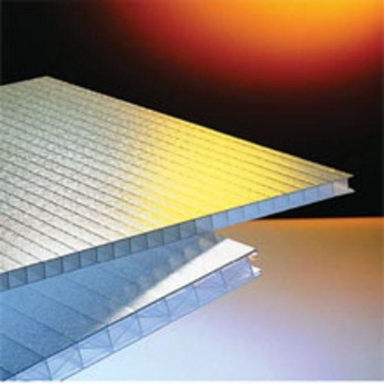 plaque de polycarbonate pour isolation thermique lev e. Black Bedroom Furniture Sets. Home Design Ideas