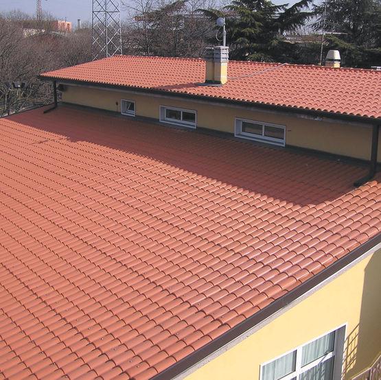 plaques de couverture imitation tuiles authentiques pour toitures