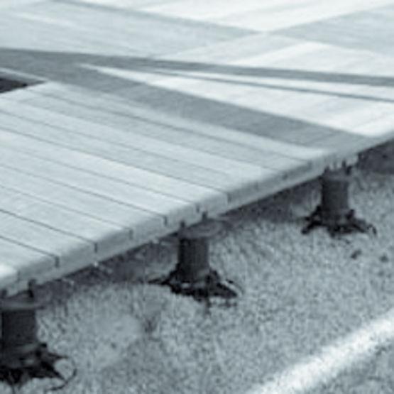 Plots r glables pour plancher ext rieur megamart impertek for Plancher pour balcon exterieur