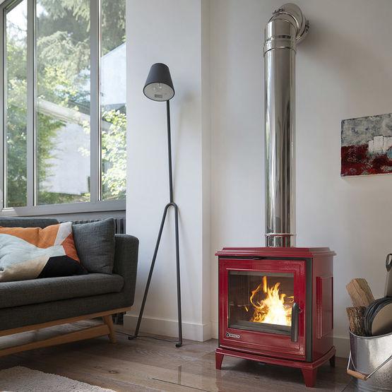 sedan s po le bois en fonte 5 kw avec post combustion. Black Bedroom Furniture Sets. Home Design Ideas