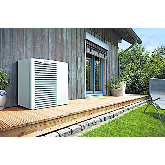 pompe chaleur air eau jusqu 39 15 kw de puissance. Black Bedroom Furniture Sets. Home Design Ideas