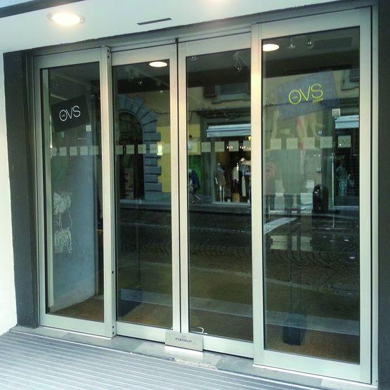 Porte automatique coulissante antipanique porte antipanique portalp - Porte d entree coulissante ...