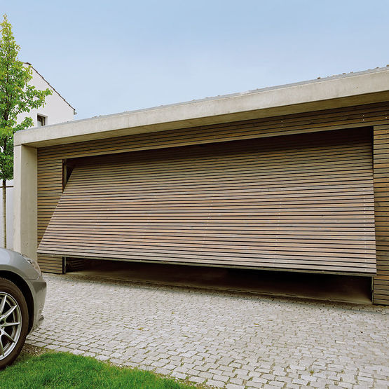 Porte basculante pour garage simple ou double jusqu 39 5 for Porte de garage 5m hormann