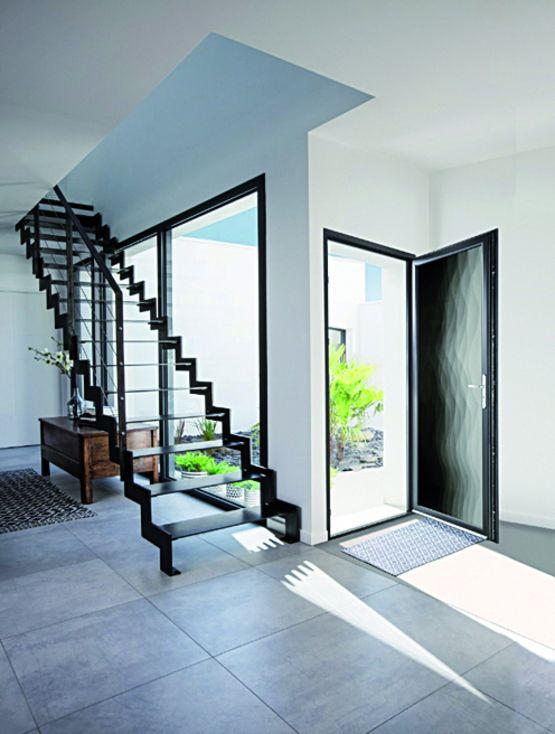 Porte d 39 entr e grand vitrage en verre feuillet motifs de vagues coriolis bel 39 m - Vitre porte d entree ...
