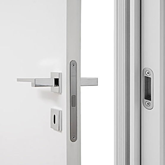 Porte d 39 int rieur sous tenture affleurante eclisse for Porte and integrati