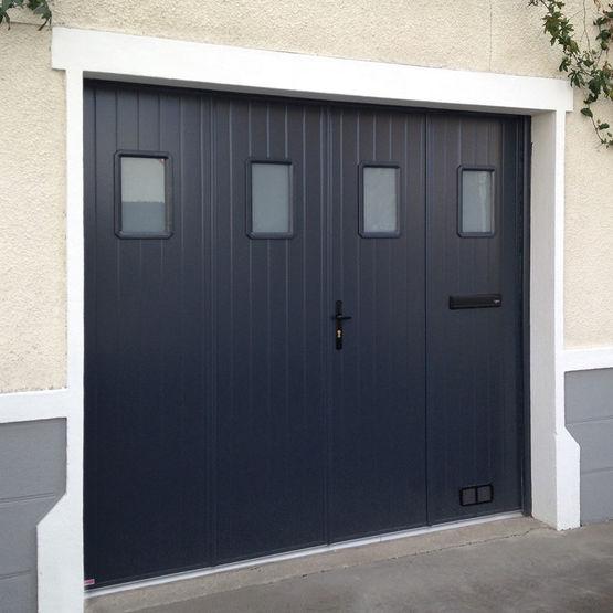 Porte de garage 4 vantaux la fran aise en aluminium icare sothoferm - Porte de garage pliante 4 vantaux ...