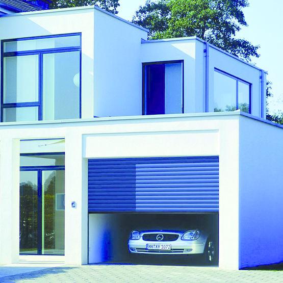 porte de garage enroulable motoris e en aluminium rollmatic h rmann. Black Bedroom Furniture Sets. Home Design Ideas