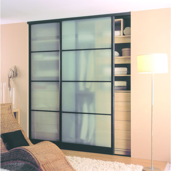 porte de placard coulissante translucide ou opaque transparence sogal. Black Bedroom Furniture Sets. Home Design Ideas