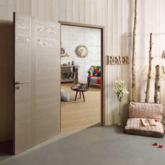 emia gamme modulo bois porte int rieure personnalisable parement en sapin massif. Black Bedroom Furniture Sets. Home Design Ideas