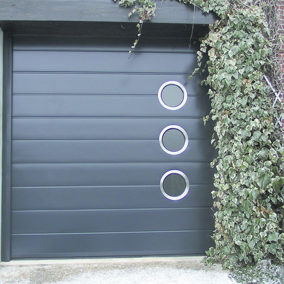 Portes de garage sectionnelles portes sectionnelles for Hublot porte garage sectionnelle