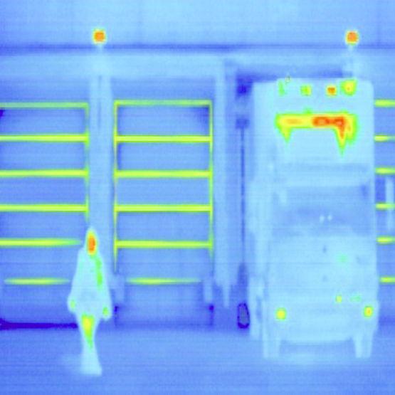 profil de cadre dormant isolant pour portes sectionnelles h rmann. Black Bedroom Furniture Sets. Home Design Ideas