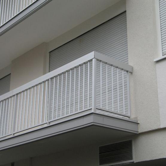 profil s pour arr t de carrelage et protection de nez de balcon dallnet carrelage dani alu. Black Bedroom Furniture Sets. Home Design Ideas