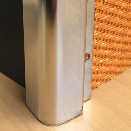 profils de protection d 39 angle et de t te de murs protection d angle de murs inox adesol tecno k. Black Bedroom Furniture Sets. Home Design Ideas