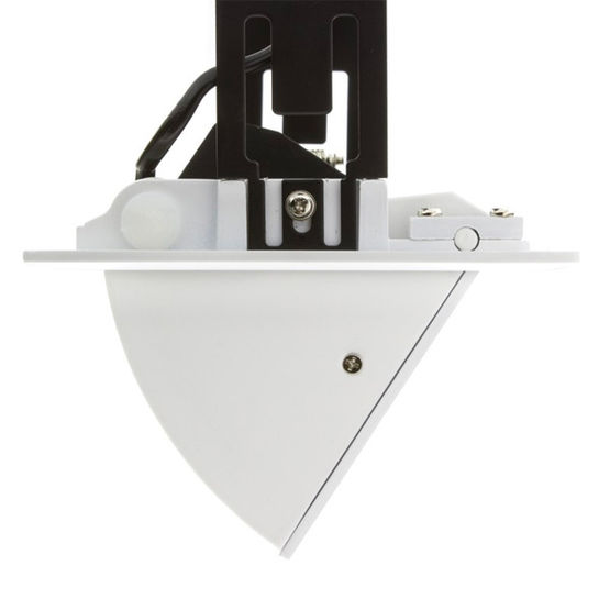 Projecteur orientable pour clairage int rieur de 20 60 for Projecteur interieur