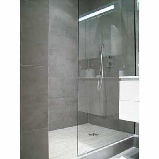 quincaillerie miniature pour paroi de douche sans joints. Black Bedroom Furniture Sets. Home Design Ideas