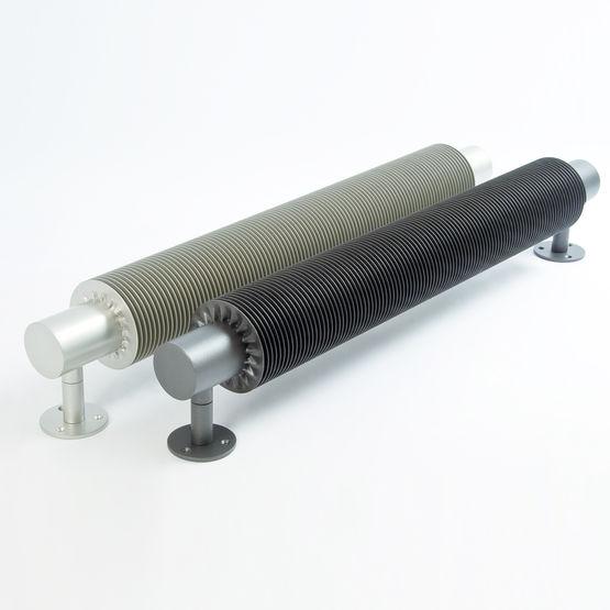 Radiateur industriel ailette h lico dale varela design - Radiateur a ailettes ...