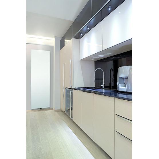 radiateur vertical fa ade en acier finement stri e brugman vasco group. Black Bedroom Furniture Sets. Home Design Ideas