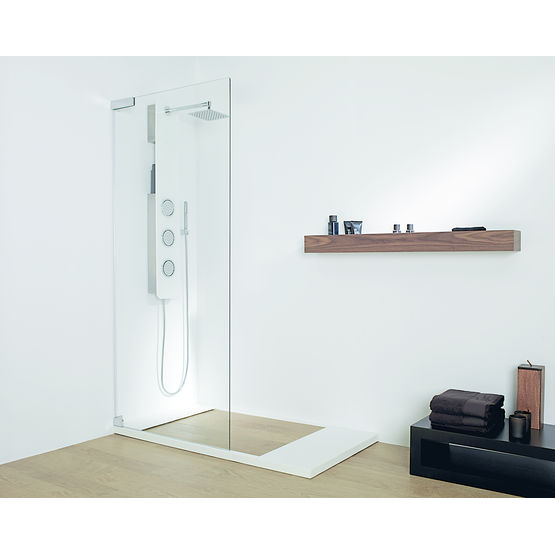 receveur de grandes dimensions avec espace douche carrel porcelanosa. Black Bedroom Furniture Sets. Home Design Ideas