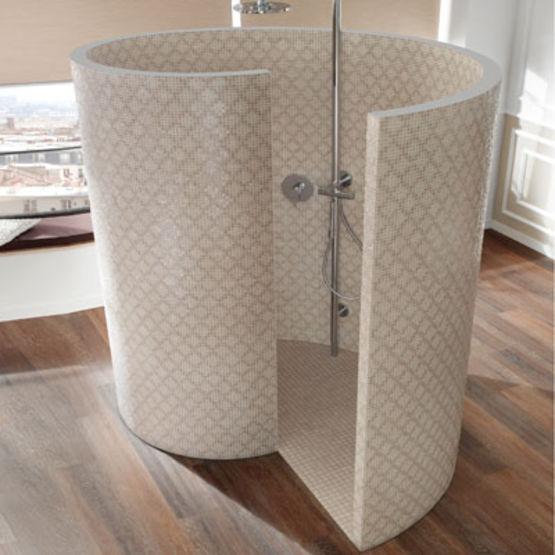 receveur et cloisons de douche pr fabriqu es en deux. Black Bedroom Furniture Sets. Home Design Ideas