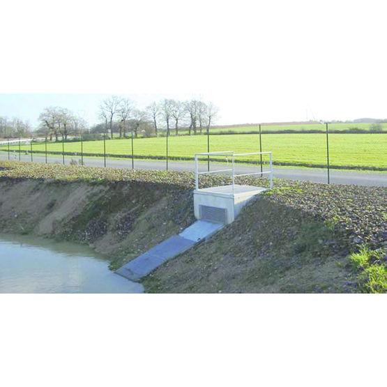 R gulateur de d bit pour bassin de r tention d 39 eau ouvrage de r gulation stradal vrd g nie civil - Terrassement bassin de retention ...