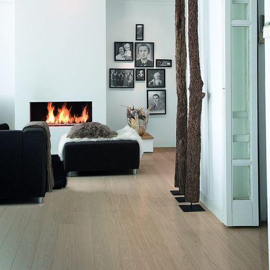 rev tement de sol en bois v ritable et stratifi d 39 aspect. Black Bedroom Furniture Sets. Home Design Ideas