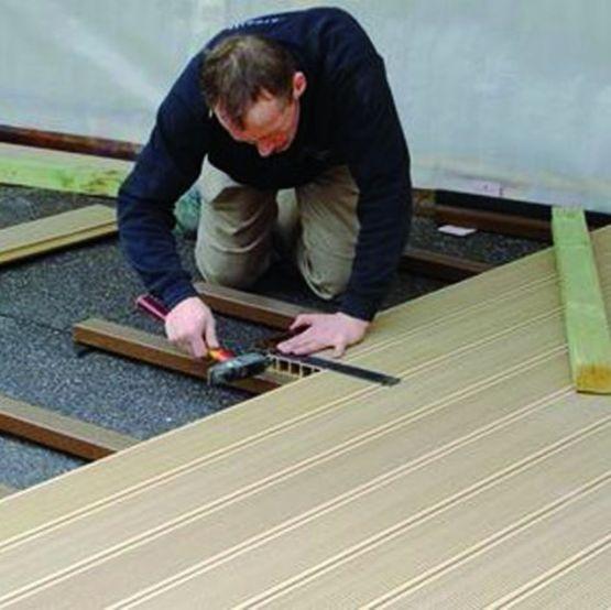 rev tement de sol en fibres de bois et mat riau de. Black Bedroom Furniture Sets. Home Design Ideas