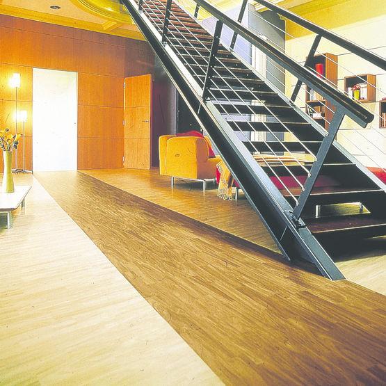 rev tement pvc sous couche textile garanti 10 ans texline gerflor r sidentiel. Black Bedroom Furniture Sets. Home Design Ideas
