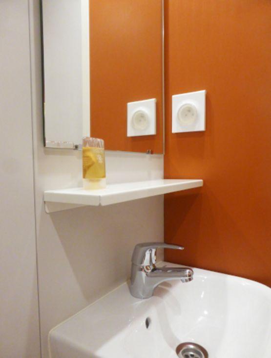 Salle de bain pr fabriqu e dimensio 80 gamme baudet smart baudet sa - Salle de bain prefabriquee ...