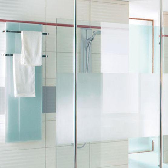 s che serviette en verre avec barre aluminium solaris fondis. Black Bedroom Furniture Sets. Home Design Ideas
