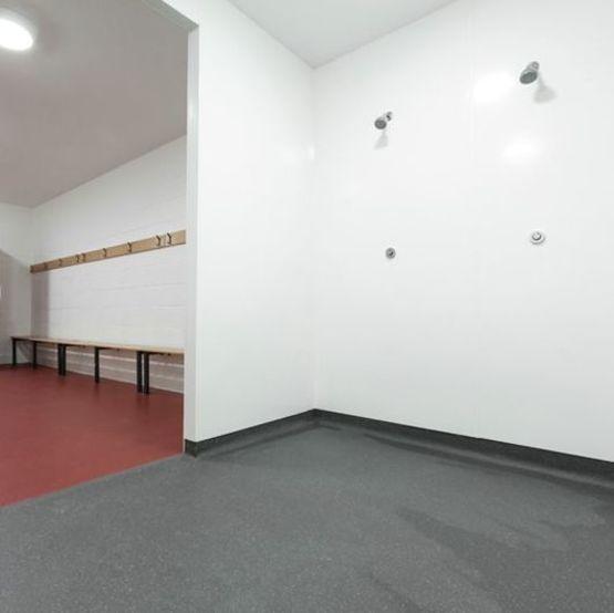 sol de s curit antid rapant pour environnements humides. Black Bedroom Furniture Sets. Home Design Ideas