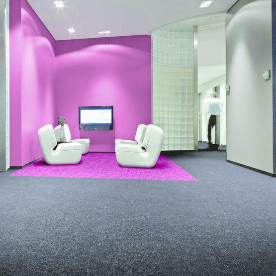 sol textile floqu en l s ou en dalles flotex linear colour forbo flooring systems. Black Bedroom Furniture Sets. Home Design Ideas