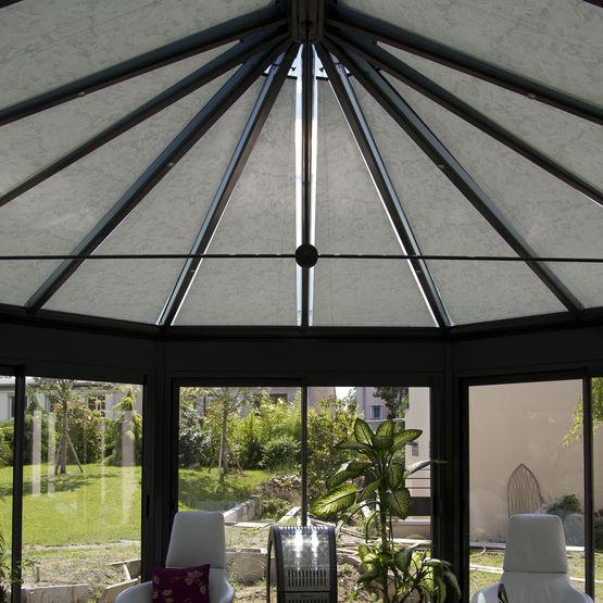 store enrouleur pour toiture ou v randa vega reflex 39 sol. Black Bedroom Furniture Sets. Home Design Ideas