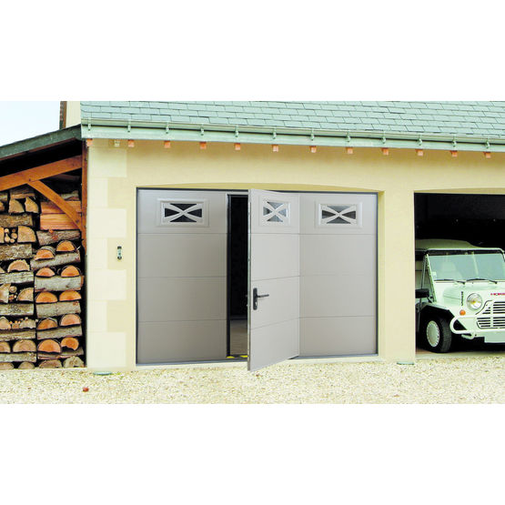 Structure pr te poser pour porte de garage sectionnelle for Porte de garage haute