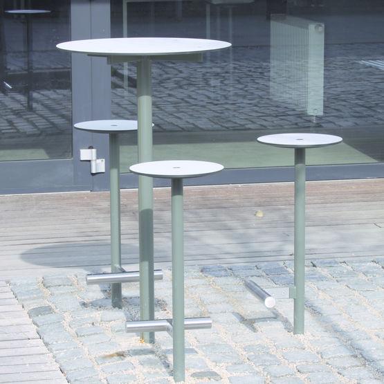 table et tabouret d 39 ext rieur bistrot mmcit. Black Bedroom Furniture Sets. Home Design Ideas