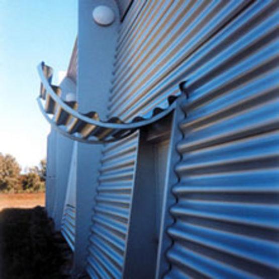 T le d 39 aluminium ondul e en trois mod les aluform - Maison en tole ondulee ...