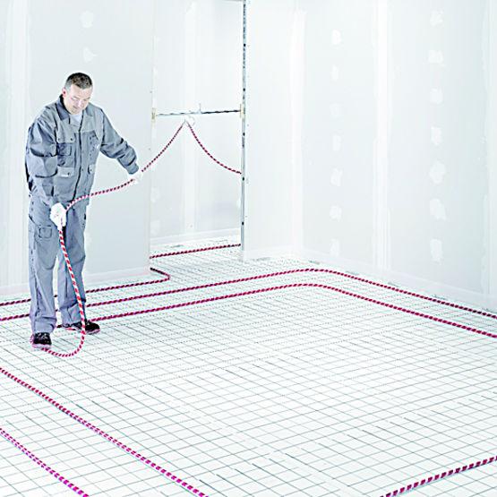 Tube surface autoagrippante pour plancher chauffant rehau for Plancher chauffant rehau