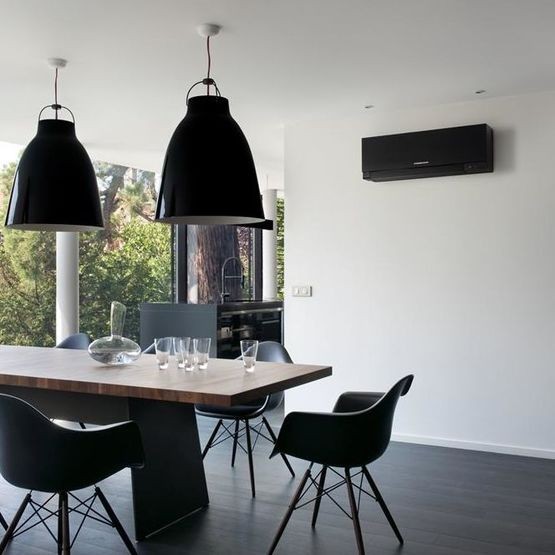 unit murale jusqu 39 5 8 kw de puissance calorifique mitsubishi electric. Black Bedroom Furniture Sets. Home Design Ideas