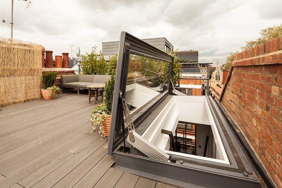 verri re de toit motoris e ouvrante de 87 d 39 angle par projection glazing vision paris. Black Bedroom Furniture Sets. Home Design Ideas