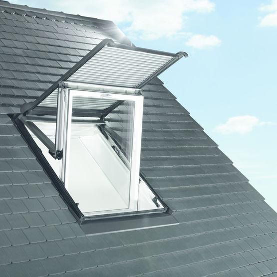 volet roulant lectrique ou solaire pour fen tre de toit volet roulant lectrique zro roto frank. Black Bedroom Furniture Sets. Home Design Ideas
