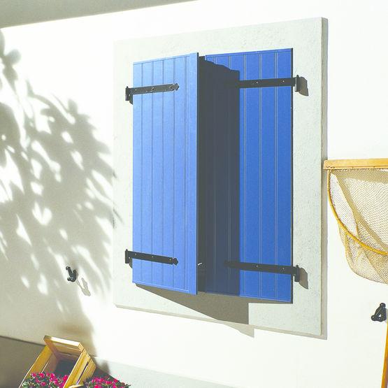 volets battants en pvc teint dans la masse s r nis gimm menuiseries les menuiseries. Black Bedroom Furniture Sets. Home Design Ideas
