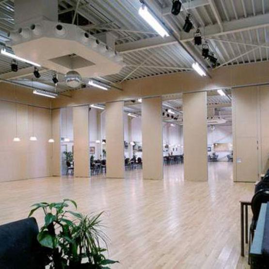Cloison mobile acoustique de 37 53 db pour salles - Cloison coulissante acoustique ...