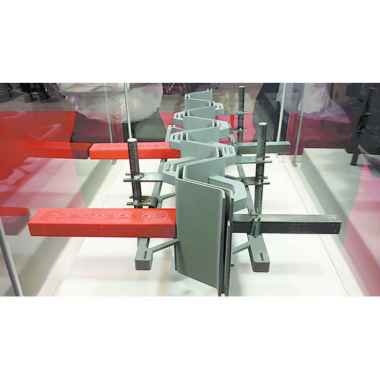 joint arm en polym re pour dallage industriel promadis. Black Bedroom Furniture Sets. Home Design Ideas