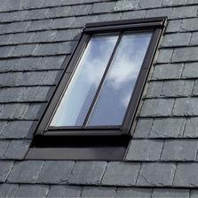 fen tre de toit produits du btp. Black Bedroom Furniture Sets. Home Design Ideas