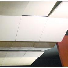 Plafonds suspendus en bois et d riv s produits du btp for Tuile de plafond suspendu