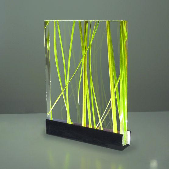 Consulter sur Batiproduits le détail : Verre acrylique pour création d'agencement ou de mobilier