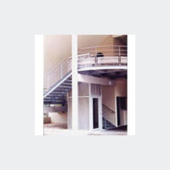 monte handicap s pour charge jusqu 39 330 kg sotoma kon. Black Bedroom Furniture Sets. Home Design Ideas