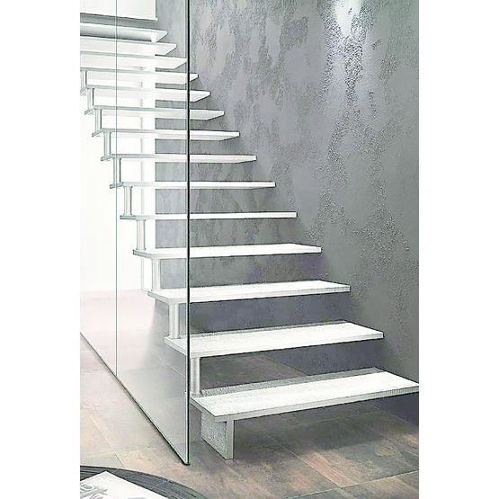 escalier autoportant en fonte d 39 aluminium cr ateur. Black Bedroom Furniture Sets. Home Design Ideas