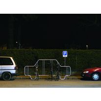 Porte-vélos occupant une place de parking