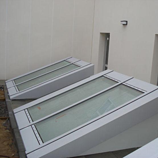 verri re plane profil s aluminium rupture de pont thermique apollo france diffusion. Black Bedroom Furniture Sets. Home Design Ideas