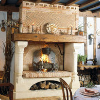 chemin e foyer sur lev avec hotte en briques moul es main bocage chemin es jean magnan. Black Bedroom Furniture Sets. Home Design Ideas